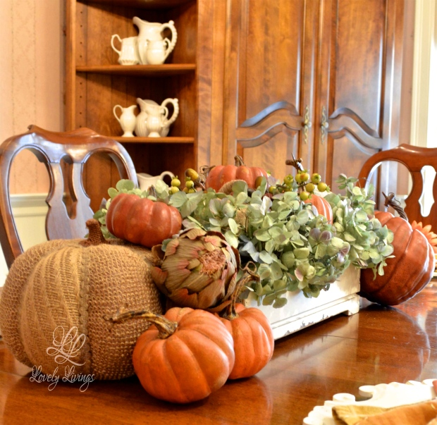 An Autumn Table.psd