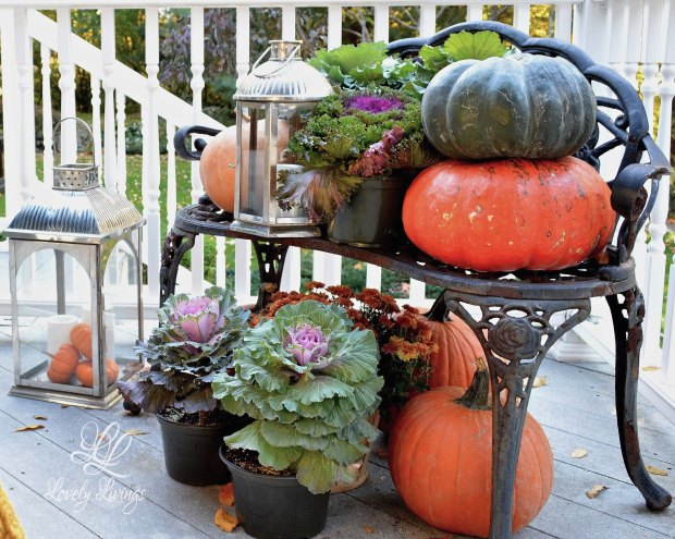 Fall Deck Display
