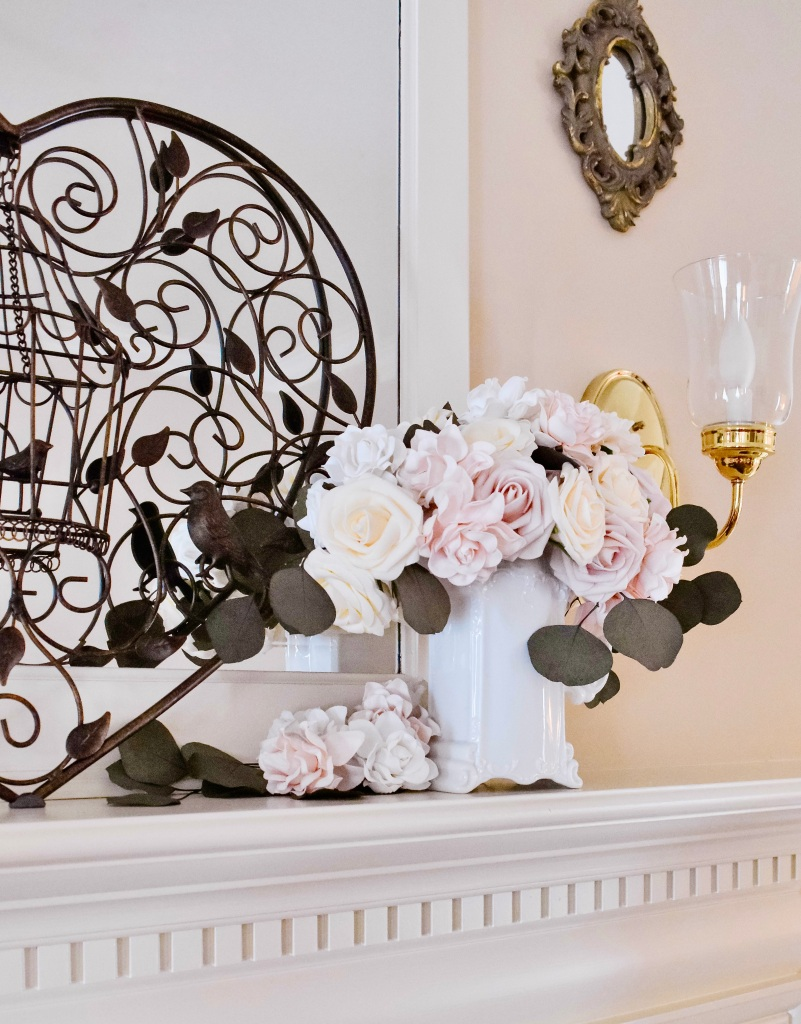 Lovely Livings – Lovely Mantel
